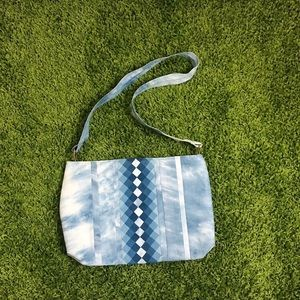 Vintage '70s Cloud Handbag ✌️